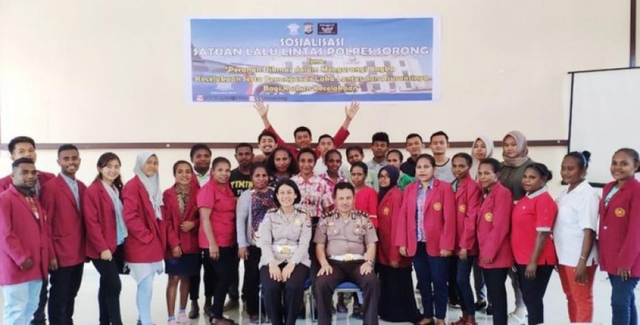 Mahasiswa FISHUM-UNIMUDA Digandeng POLRES Sorong, Kampanyekan Kurangi Angka Kecelakaan